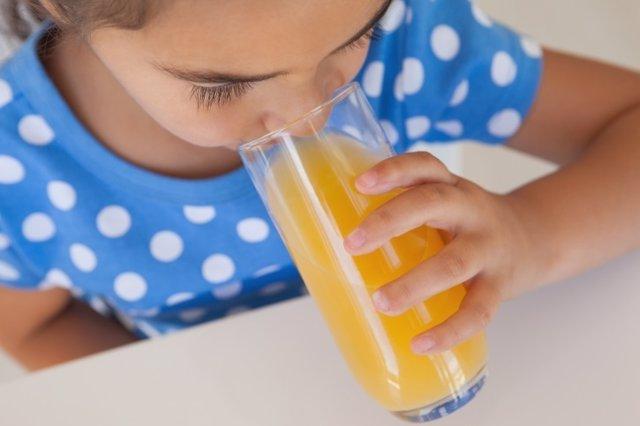 Zumos para niños: limitaciones de consumo