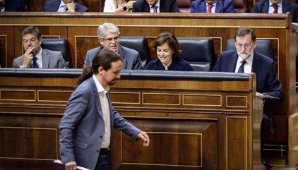 """Iglesias exige al PP que """"vuelva a la legalidad"""" y """"pida perdón"""" por """"robar"""" y Rajoy le acusa de """"inquisición"""""""