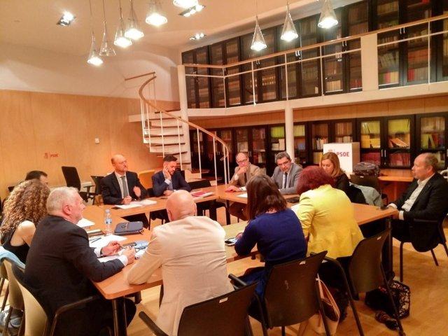 Reunión de diputados del PSOE para exigir inversiones hidráulicas