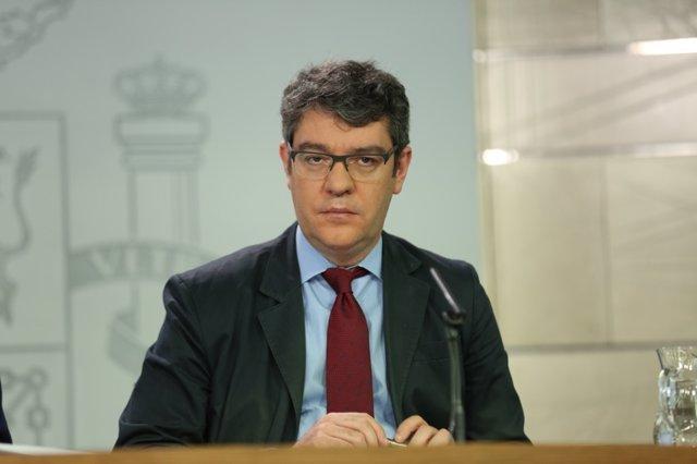 Álvaro Nadal en la rueda de prensa tras el Consejo de Ministros
