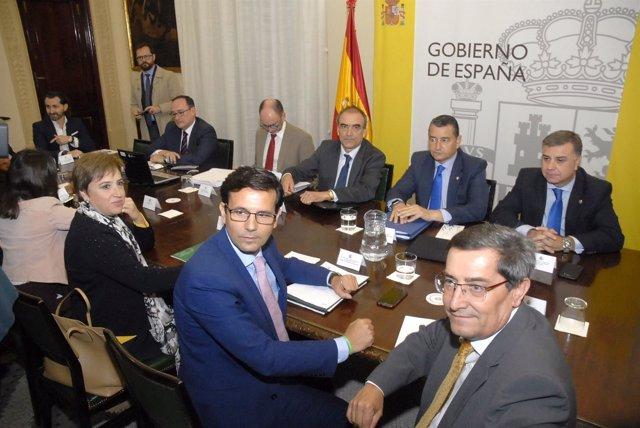 Reunión de la comisión de seguimiento de las obras del AVE