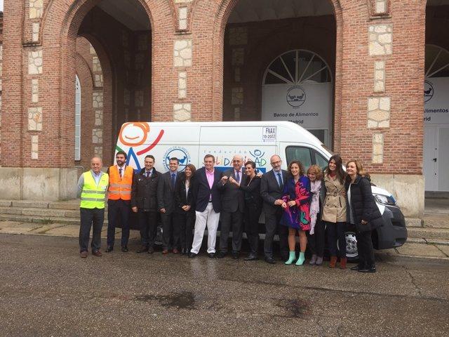 Ndp. Fundación Solidaridad Carrefour Dona Un Vehículo Al Banco De Alimentos De M