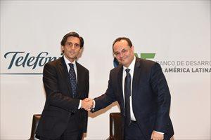 Telefónica y CAF se unen para impulsar proyectos e iniciativas de digitalización en Latinoamérica