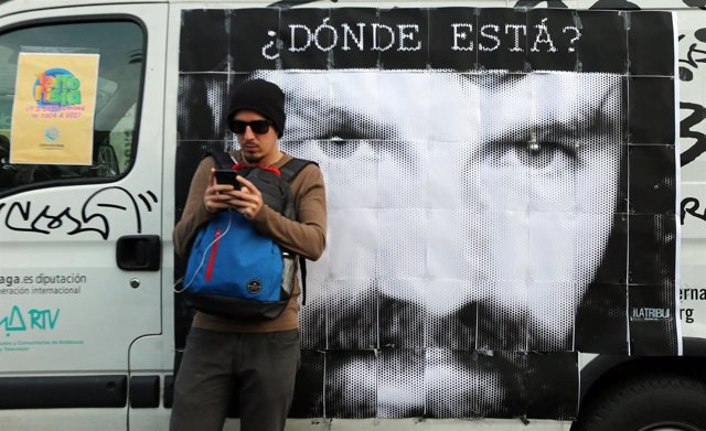 Cartel de Santiago Maldonado, joven argentino desaparecido