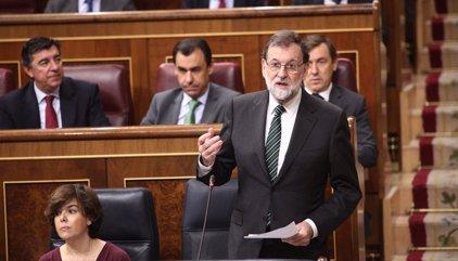 """El Gobierno ve un """"chantaje inaceptable"""" que PDeCAT avale que Puigdemont declare la independencia si se aplica 155"""