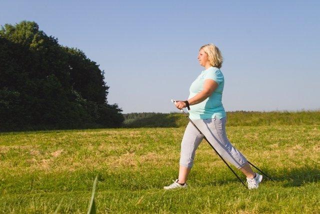 Mujer, ejercicicio, andar
