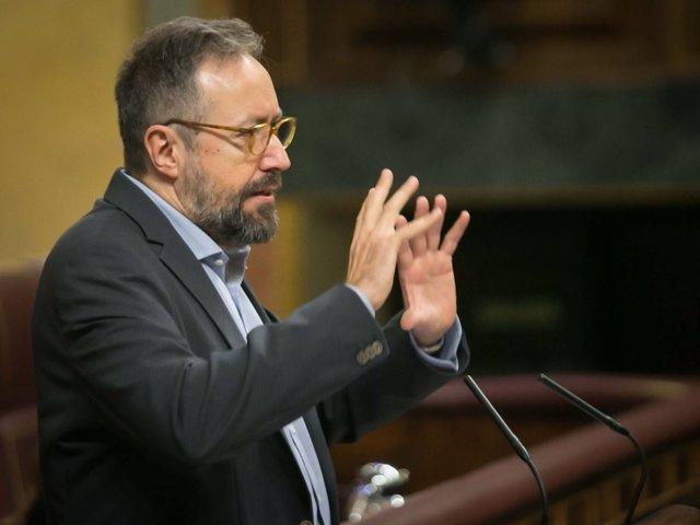 El portavoz de Ciudadanos, Juan Carlos Girauta, en la tribuna del Congreso