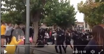 Un hijo de un dirigente local de ERC y un 'aspirante' a mosso, entre los detenidos por agredir a guardias civiles el 1-O