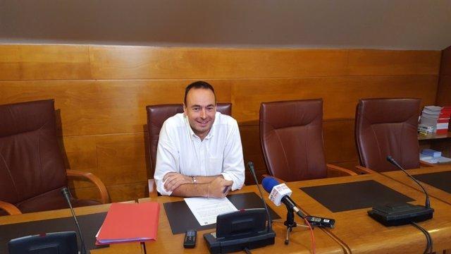 Blanco presenta la propuesta en rueda de prensa