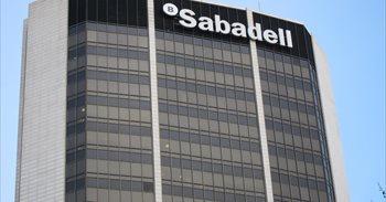 Sabadell solo trasladará a Madrid la presidencia y la secretaría general del banco
