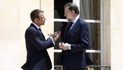 """Macron augura un """"mensaje de unidad en torno a España"""" de los líderes de la UE en la cumbre"""