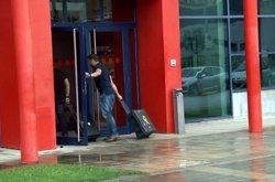 La Guàrdia Civil es presenta a la comissaria dels Mossos de Lleida per buscar informació sobre l'1-O (ACN)