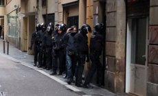 Operació conjunta de Mossos i Guàrdia Urbana en dos narcopisos al Raval (MOSSOS D'ESQUADRA)