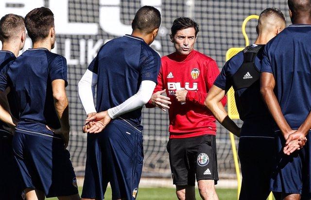 Marcelino entrenando al Valencia