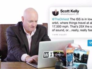 El antiguo astronauta Scott Kelly responde preguntas sobre el espacio en Twitter