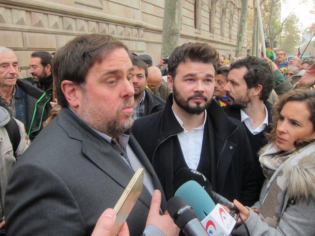 El vpte. Oriol Junqueras y el diputado Gabriel Rufián (ERC)
