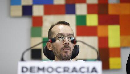 """Podemos acusa a Rajoy de """"suspender la democracia en Cataluña y en España"""" con el 155"""