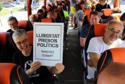 Una vintena d'autobusos amb més de mil passatgers surten de les comarques de Lleida cap a la manifestació de Barcelona (ACN)