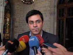 Pisarello (BComú) acusa Sánchez d'ignorar les bases del PSOE recolzant a Rajoy (EUROPA PRESS)