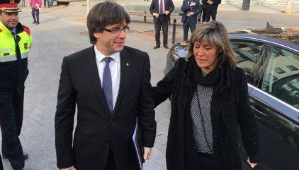 Núria Marín demana a Puigdemont eleccions i evitar el 155