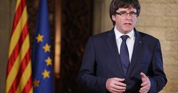 """Puigdemont pide un pleno que decida ante el """"intento de liquidar"""" el autogobierno"""