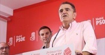 Franco nombra una Ejecutiva de 50 miembros, mantiene a Robles de presidente y pone de número 2 a una edil de Rivas