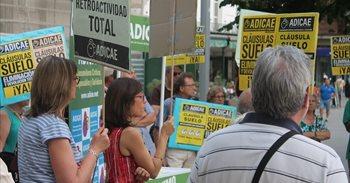 El PSOE quiere que el Gobierno haga público qué bancos se niegan a devolver las cláusulas suelo