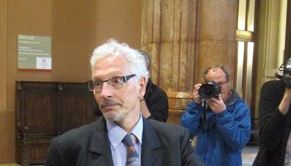 El exjuez Santiago Vidal avisó de que la Guardia Civil iba a un colegio y que le esperaban con una barricada