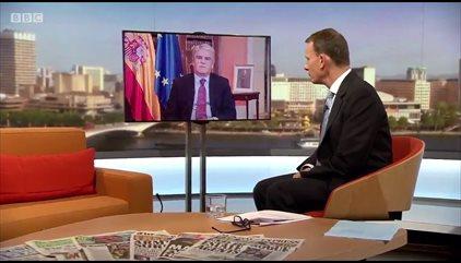 Dastis rechaza en la BBC que la Policía ejerciera brutalidad y dice se difundieron muchas noticias y fotos falsas