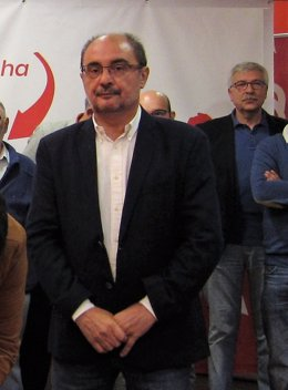 Javier Lambán, en un acto este lunes en la sede del PSOE en Zaragoza