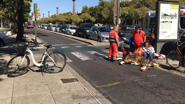 Accidente con una ciclista en Sevilla