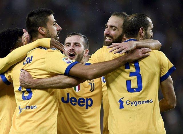 Los jugadores de la Juventus celebran uno de sus goles ante el Udinese