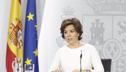"""Santamaría dice que """"es una posibilidad"""" que Rajoy nombre un mando único para coordinar la gestión en Cataluña"""