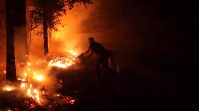 """Investigan """"planificación coordinada"""" en incendios de Galicia"""