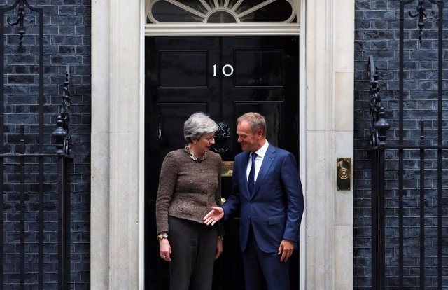 Theresa May y Donald Tusk