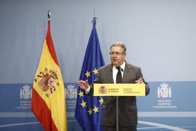 Juan Ignacio Zoido entrega las Medallas de Plata al Mérito en el Trabajo