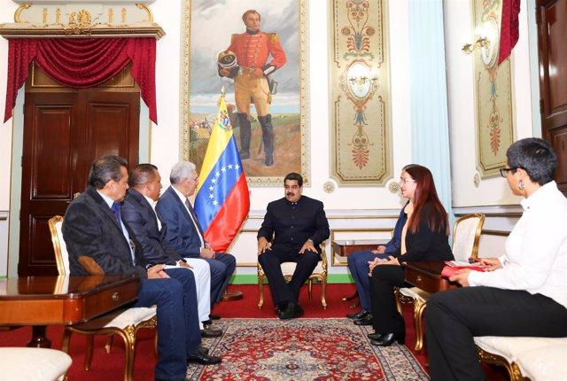 Nicolás Maduro se reúne con los gobernadores opositores