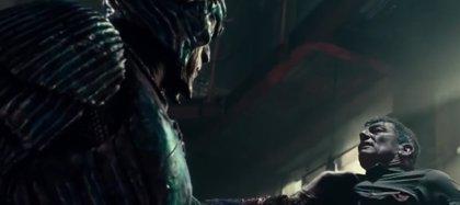 Steppenwolf muestra su rostro en el tráiler final de Liga de la Justicia
