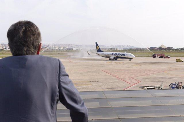 Revilla en el Seve Ballesteros, que recibe un vuelo de Ryanair
