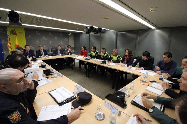 Moragues y responsables policiales en la Junta de Segurdad Autonómica
