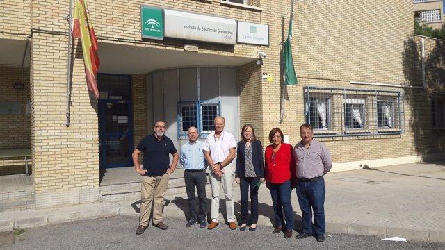 Fernández visita el IES Albaida