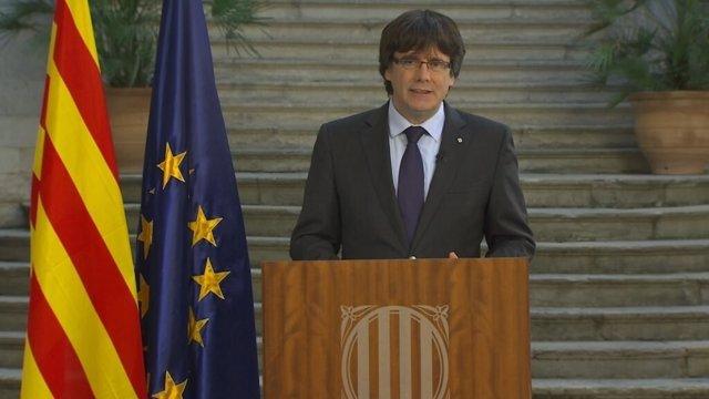 Declaración institucional de Carles Puigdemont