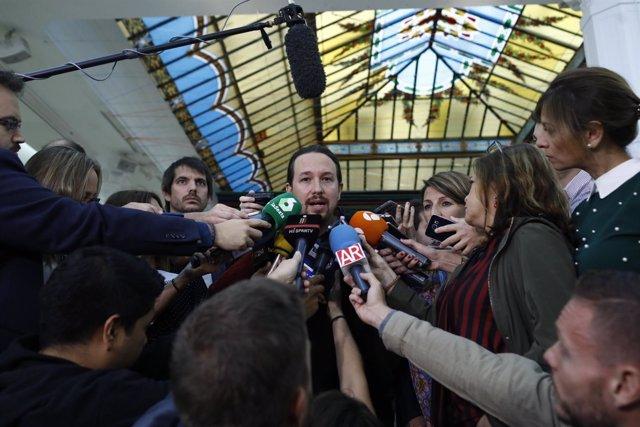 """Pablo Iglesias propone a ERC y PSC pactos de gobierno entre """"progresistas"""" en Cataluña tras el 21-D"""