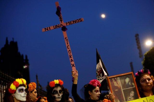 Marcha en México contra la violencia contra las mujeres