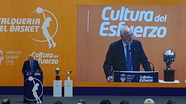 Juan Roig habla durante la presentación de L'Alqueria