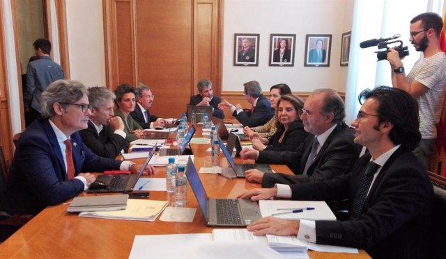 El pte. Del TS y del CGPJ Carlos Lesmes preside en Barcelona una reunión