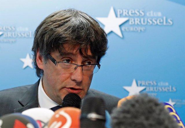 Puigdemont durante su rueda de prensa en Bruselas, Bélgica