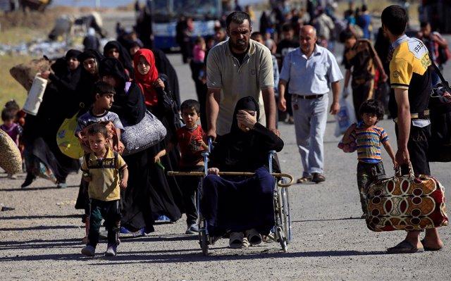 Civiles desplazados de Mosul