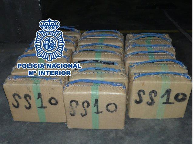 Policía Nacional Nota De Prensa Y Foto La Policía Nacional Detiene A Cuatro Narc