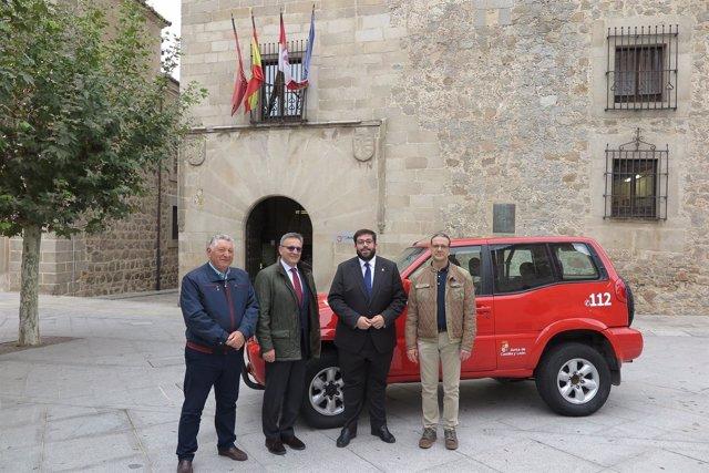 Ávila: El Presidente De La Diputación Recibe El Todoterreno